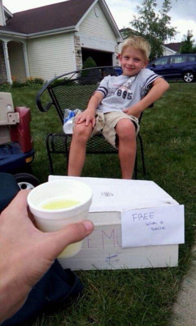 free lemonade with smile
